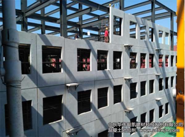 形式,框架全部为钢结构,其他结构均为预制拼装,工程预制装配率达到85