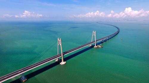 华伟外加剂成功应用于港珠澳大桥